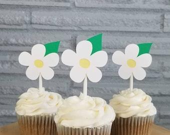 Daisy toppers, daisy cupcake toppers, daisy cupcakes, daisy cake toppers, daisy decorations, daisy party supplies