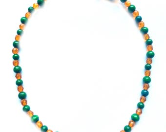 Necklace in glass slit and Wooden Beads – MSK 1040