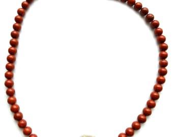 Necklace from Jaspisperlen – Esk 1006