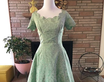 1950s Irridescent Green Floral Dress | 50s Party Dress | 50s Scallop Trim Green Party Dress