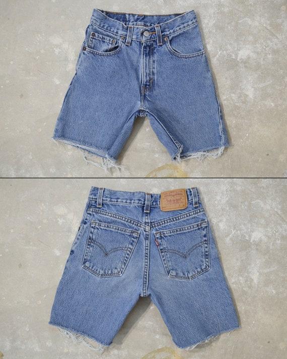 """Vintage Levi's 505 Shorts, 23.5"""""""