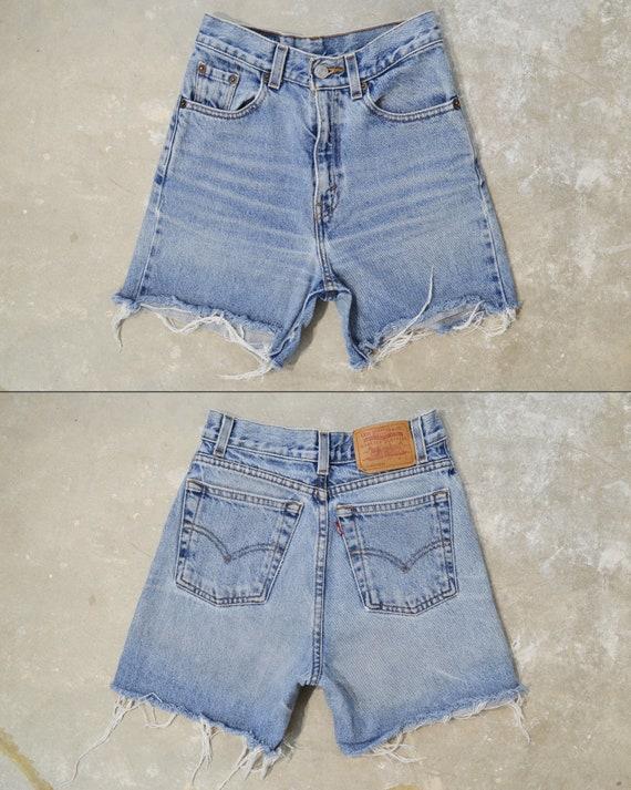 """Vintage Levi's 550 Shorts, 23.5"""""""