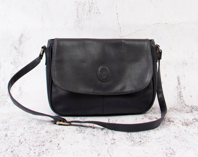Featured listing image: Deep Blue Vintage Handbag