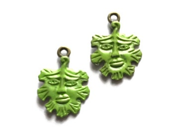 10 x BRONZE GREEN MAN OAK LEAF DESIGN Charm Pendant Pagan Wiccan 20mm