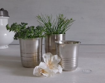 Set of 3 goblets in silver from the 1960s