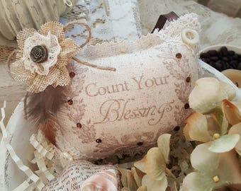 """Fall """"Count Your Blessings"""" Lavender Sachet with Feathers and Plaid Back"""