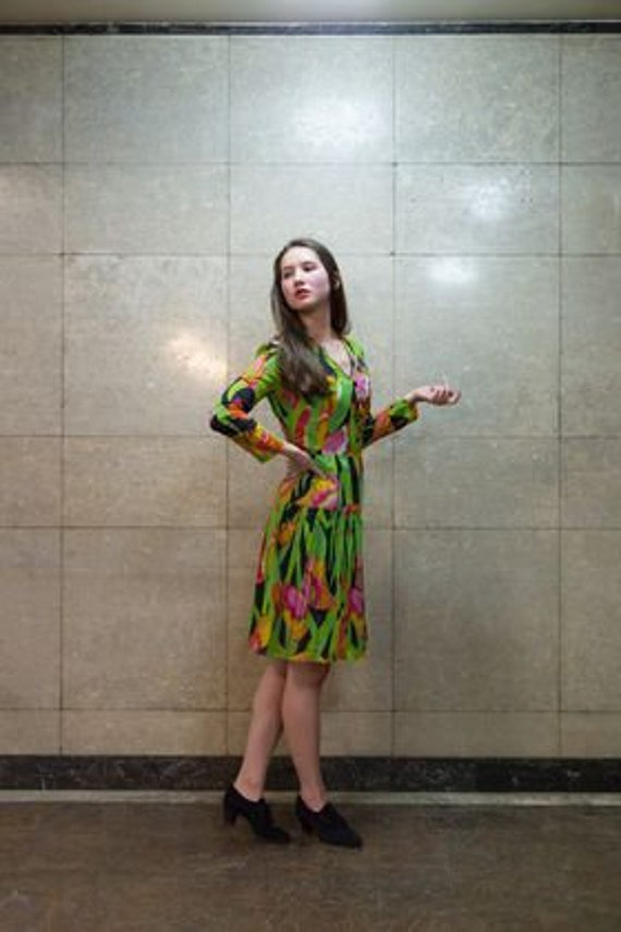 Floral Vintage Dress from the Sixties Mid Length