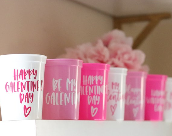 Happy Galentine's Day Cups | Valentine's Day Favors | Galentine's Day Cups | Galentine's Day Favors | Be my Galentine | Galentine's Day