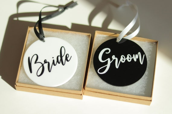 Bride and Groom Ornaments | Set of 2 | Mr. & Mrs. Ornaments | Married Ornaments | Wedding Christmas Gift | Personalized Wedding Ornament