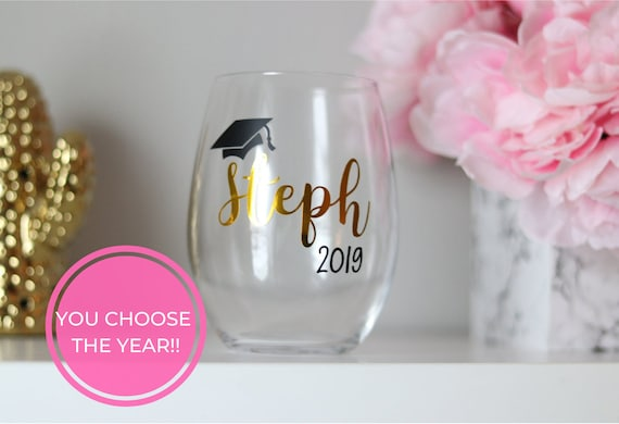 Personalized Graduation Gift | Graduation Wine glass | Graduation Gift | Customizable Grad Gift | Class of 2021 Gift | Grad Name Wine Glass