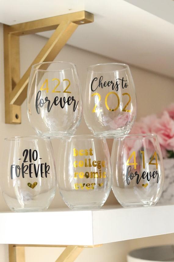College Roomie Gift | Roomie Gift Idea | Roomie Gift | College Roommate Wineglass |College roomie wine glass | College Roommate Gift Idea