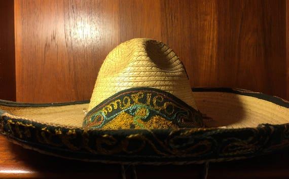 Vintage Mexican Straw Sombrero Embroidered Mexico  875383467ec