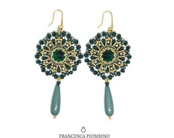 Round earrings, green earrings, emerald green, long earrings, beaded earrings, glass rosettes.