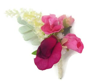 Cream Lilac, Gypsophila and Sweet Pea Buttonhole / Corsage / boutonniere in Silk Free Delivery