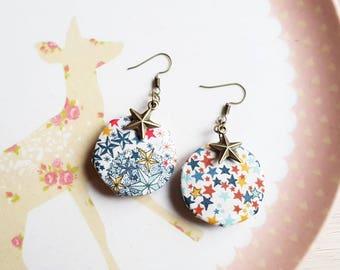 Liberty multicoloured stars Earrings: earrings, wood and fabric star Liberty