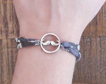 Bracelet liberty Mitsy mustache, Liberty Mitsi gray and silver metal mustache. Adjustable bracelet!