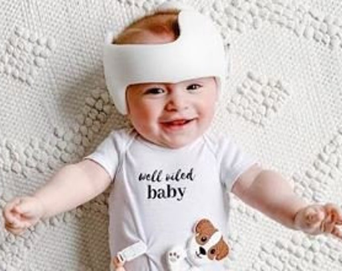 Well oiled baby, oily baby, essential oil bodysuit, youngliving, doterra