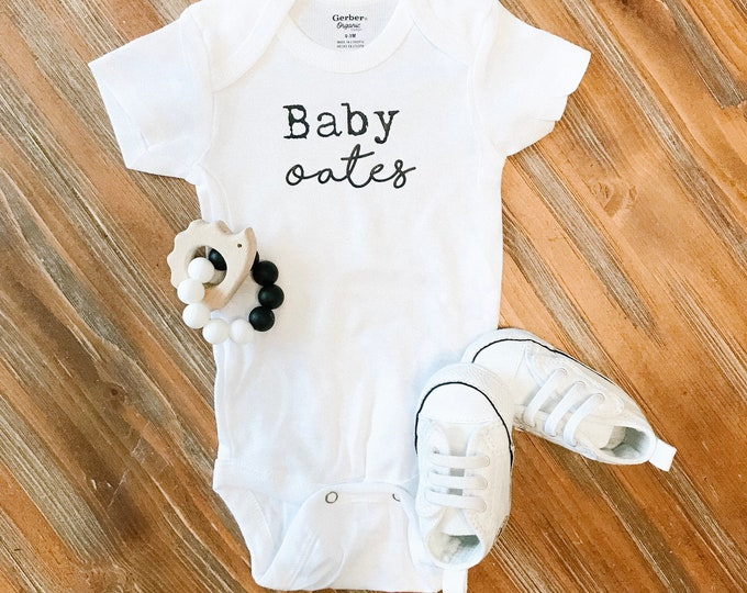 Personalized baby onesie, pregnancy announcement, baby announcement, coming home outfit, newborn bodysuit