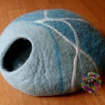 Large Size Felt Cat Cave / Cat Bed / Pet Bed / Puppy Bed / Cat House. 100 % Wool Natural Color
