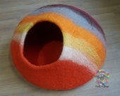 Large Felt Cat Cave (40 cm or 16 Inches Diameter) Cat Bed Pet Bed Puppy Bed Cat House. 100 Wool Handmade in NEPAL
