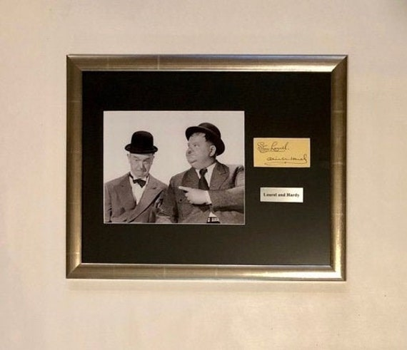 STUNNING QUALITY LAUREL /& HARDY SIGNED AUTOGRAPHED PRINT STAN /& OLLIE