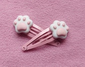 Kawaii cute pink and white pet paw hairclips fairy kei decora easter lolita fairy kei pastel goth dolly party kei punk candy sweets lollipop