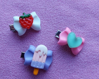Kawaii cute small pastel resin red candy gummy heart hairclips lolita fairy kei pastel goth dolly party kei punk hearts pink blue green bow
