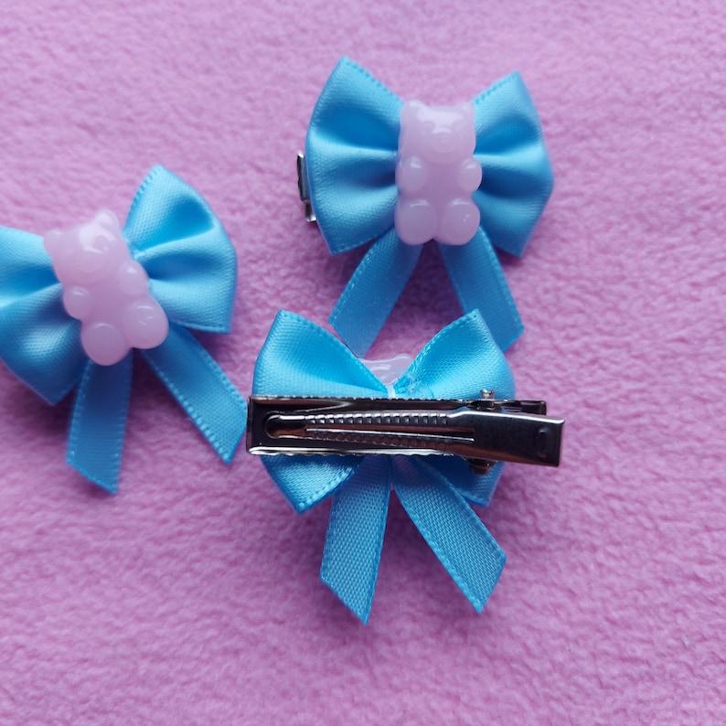 Kawaii cute small pastel candy bear bow star resin hairclips lolita fairy kei pastel goth dolly party kei punk stars hearts pink blue