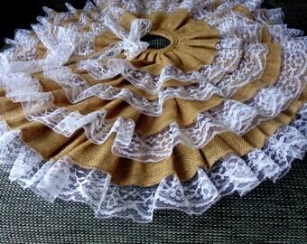 SALE / Christmas Tree Skirt