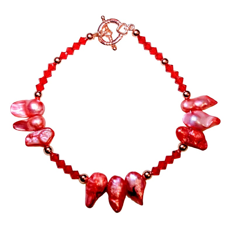 Red Crystal and Coral Baroque Pearls Bracelet with Copper image 0