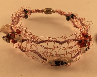Pink wire bracelet with fish