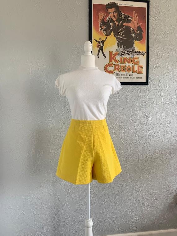 High Waisted 1970s Shorts
