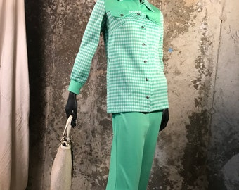 Vintage 1960's Kelly Green Polyester Pant Suit