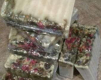 Organic Soap Bar: Goat's Milk, Rose, Green Tea and Honey