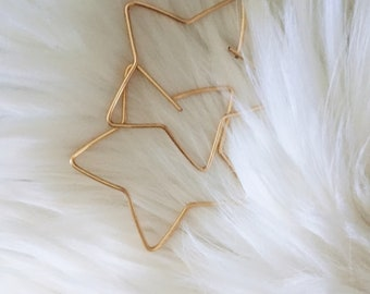 Gold or Silver Star hoops-Star shaped earrings-star shaped hoops-star earrings-minimalist earrings-wire earrings-wire hoops