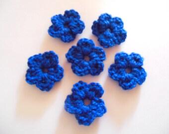 Wool crochet blue flowers