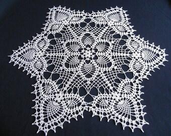 """""""Brittany"""" round crochet doily"""