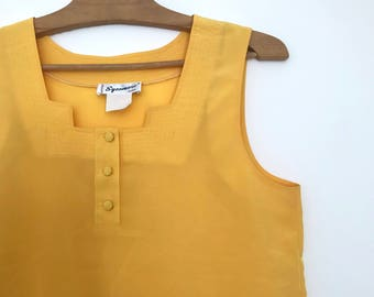 French vintage sleeveless top / bright yellow / simple top / minimalist merigold tank top / square collar / buttons / xxs / xs / 1980s