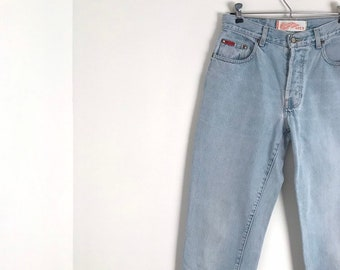d1b628ce LEE COOPER LC11 vintage light blue stonewashed mom jeans with high waist  and tapered cut / s / m / 1990s