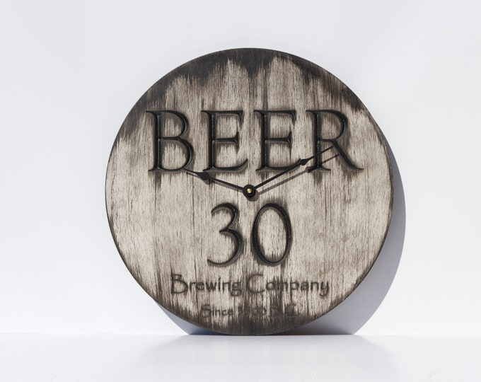 Classic Modern Grey and Black 16 Inch Beer 30 Clock