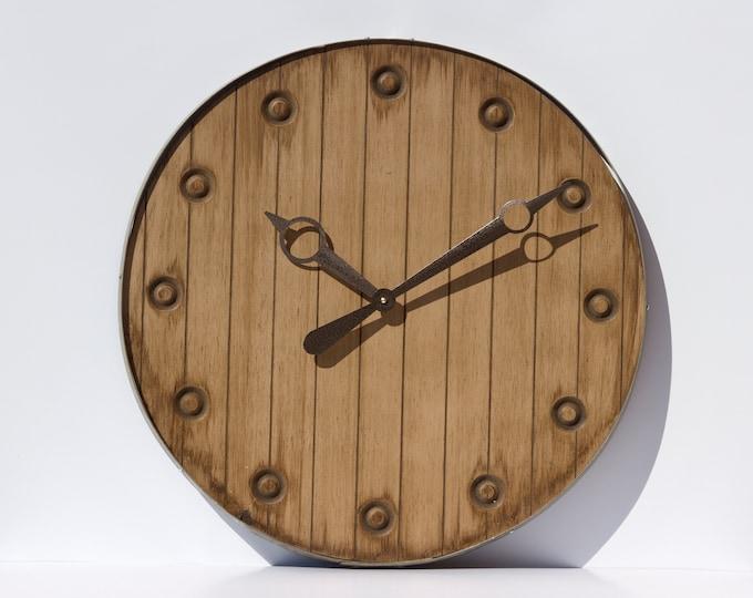 Rustic Light Brown 24 Inch Beer Cap Clock
