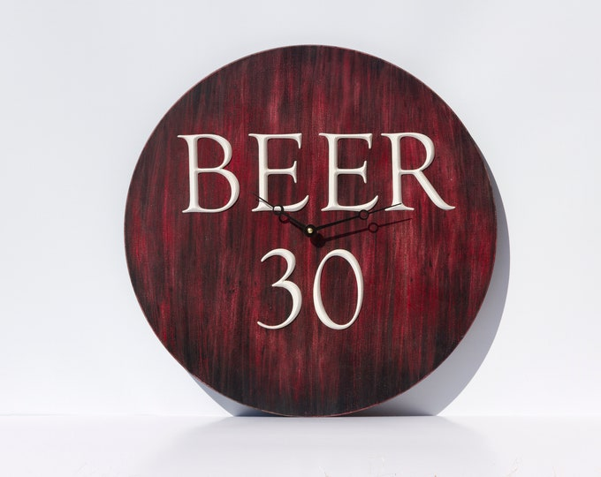 Unique Rustic Red and Black 18 Inch Beer 30 Clock
