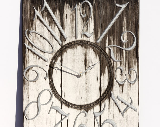"18"" x 24""Rustic Black and White Clock"