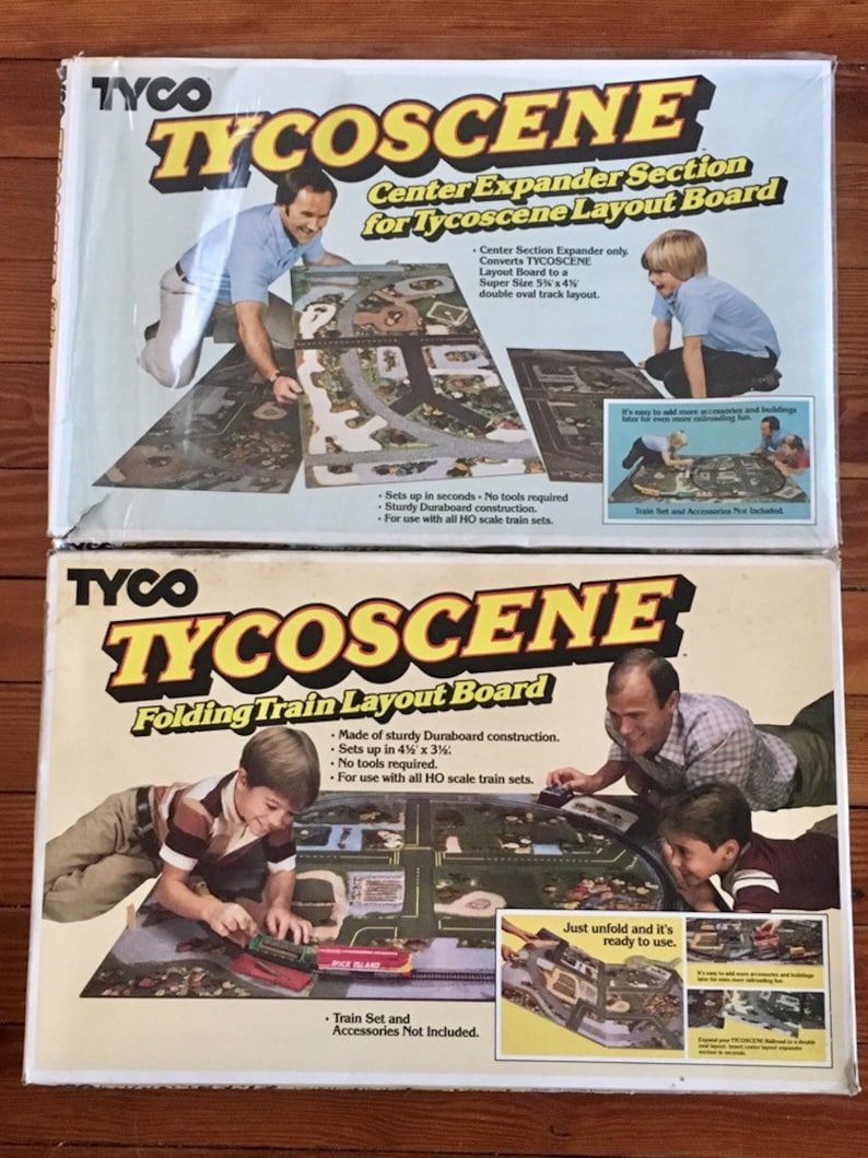 Vintage Tycoscene Folding HO Train Layout Board With Center Expander  Section Tyco 1982