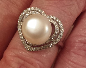 Vintage White Topaz Gemstone & Majorca 8mm Pearl Heart Shaped Sterling Silver Ring, .5 ct.  Size - 6