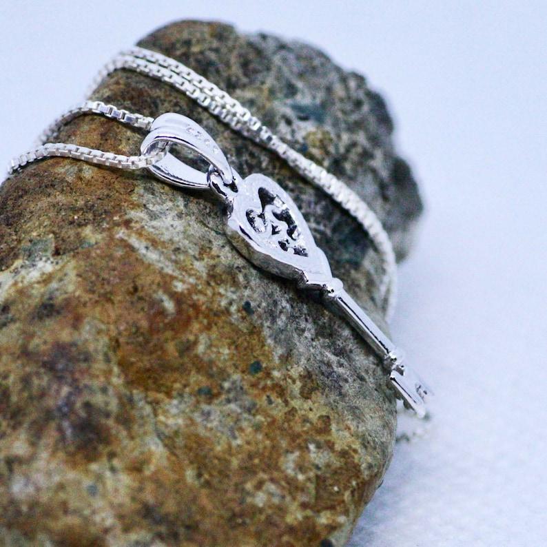 Heart Ohm Key Pendant in Sterling Silver 925 Yoga Spiritual