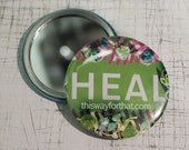 HEAL GREEN Close Up Compact Mirror