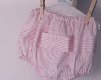 Pink bloomers for little girl with bow, personalized gift