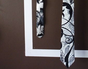 Gothic stlye Tie