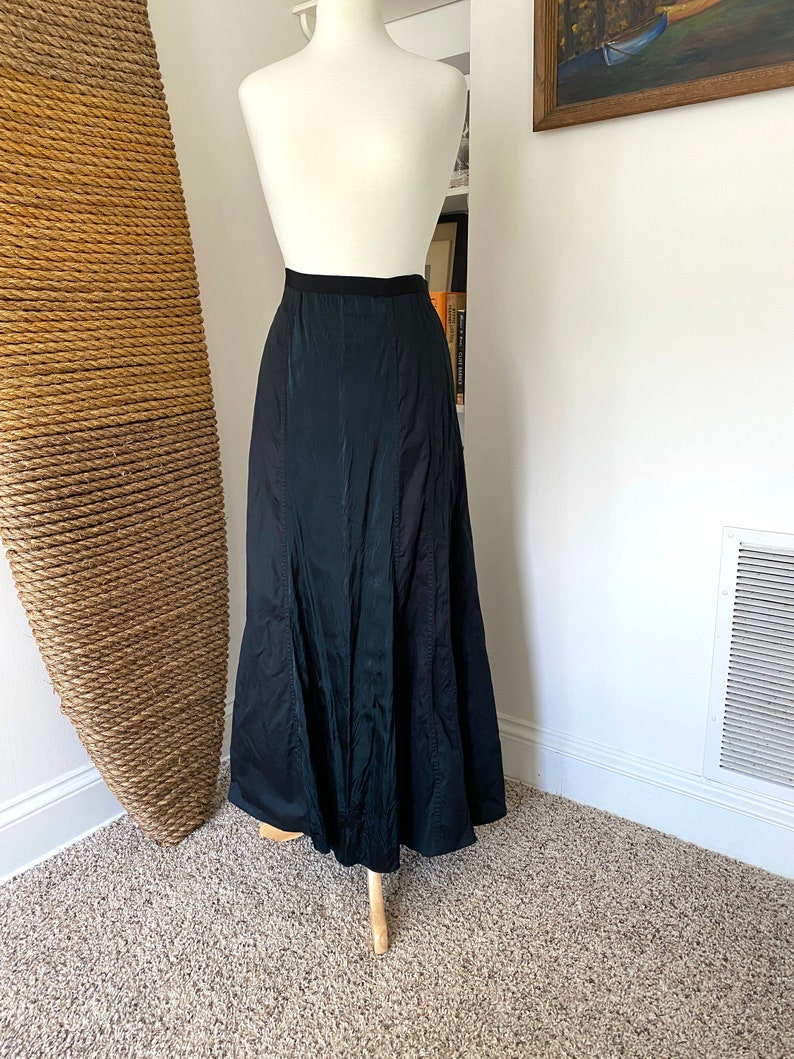 Vintage 1990s DKNY Black silk and cotton maxi skirt size small  A line minimalist Y2K skirt size 4